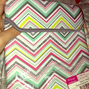 A Tote a tablet made from Thirtyone